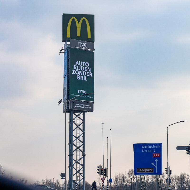 Billboard adverteren foto afbeelding ledscherm adverteren